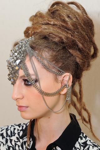 Модные прически Chanel 2012 (5)