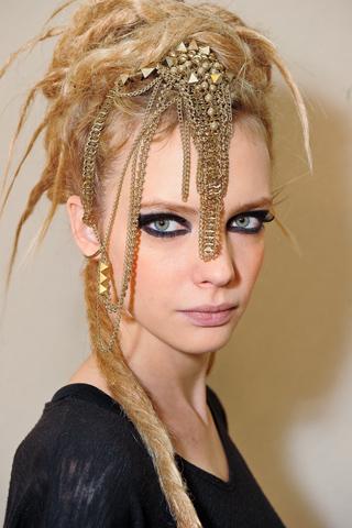 Модные прически Chanel 2012 (3)