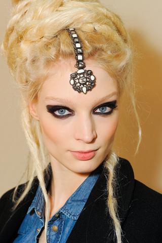 Модные прически Chanel 2012 (1)