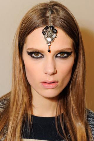 Модные прически Chanel 2012 (8)