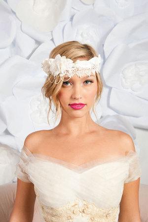 Свадебные прически 2012 (16)