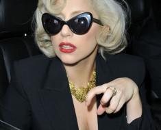 Прически Леди Гага 2012