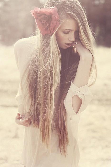 Длинные волосы без челки