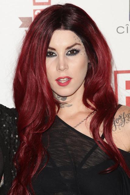 Красные оттенки волос