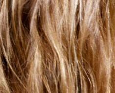 Поврежденные сухие волосы