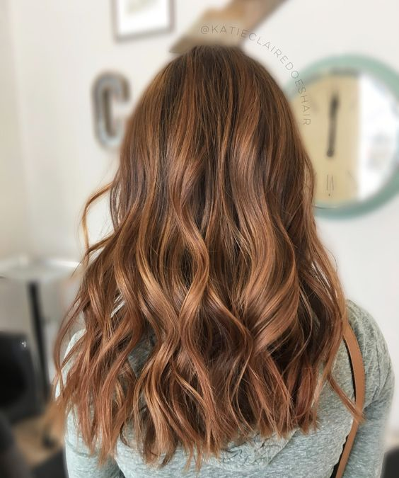 Стрижка лесенка на средние волосы, фото (13)