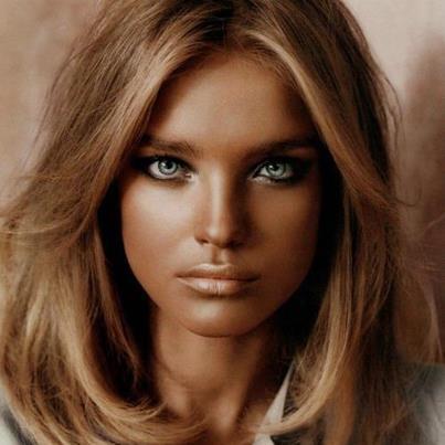 Серо-зеленые глаза цвет волос