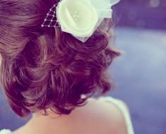 Cвадебные прически на короткие волосы с фатой