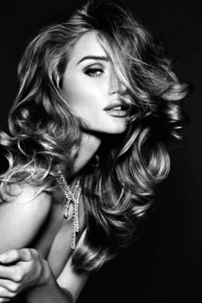 Объемные волосы: прически, укладка