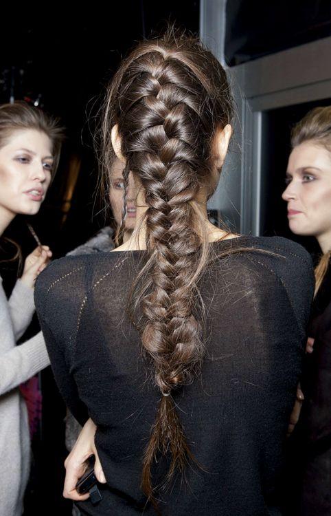 Прически с длинными косами (16)