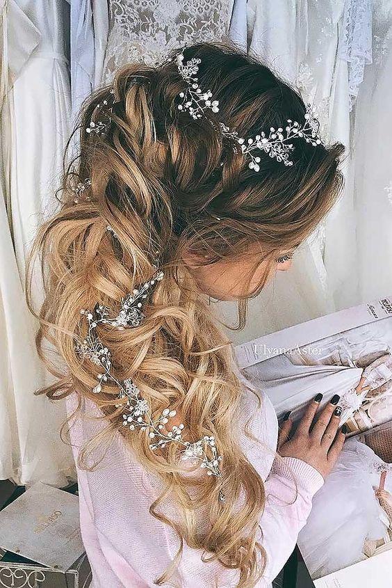Свадебные причёски 2018