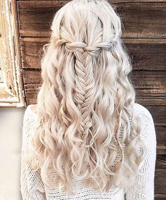 Стрижки на кудрявые волосы 2018