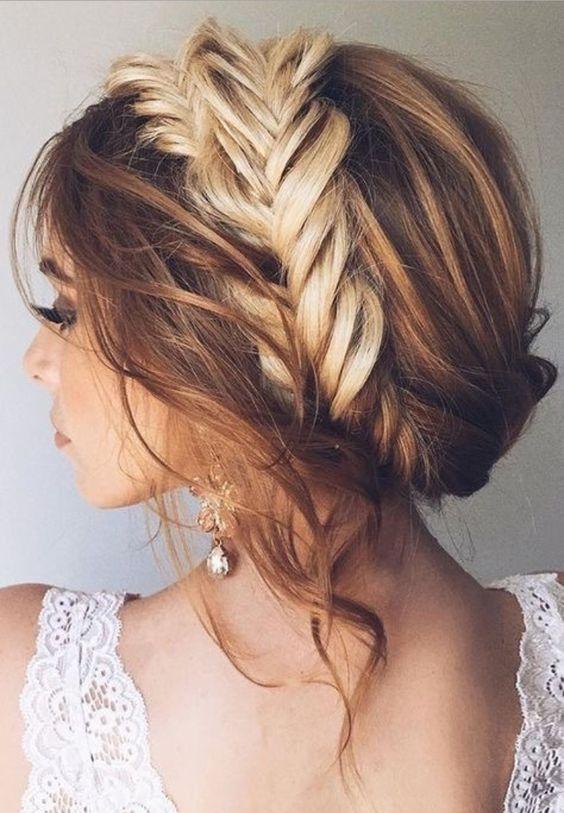 Свадебные прически на средние волосы 2018 (21)