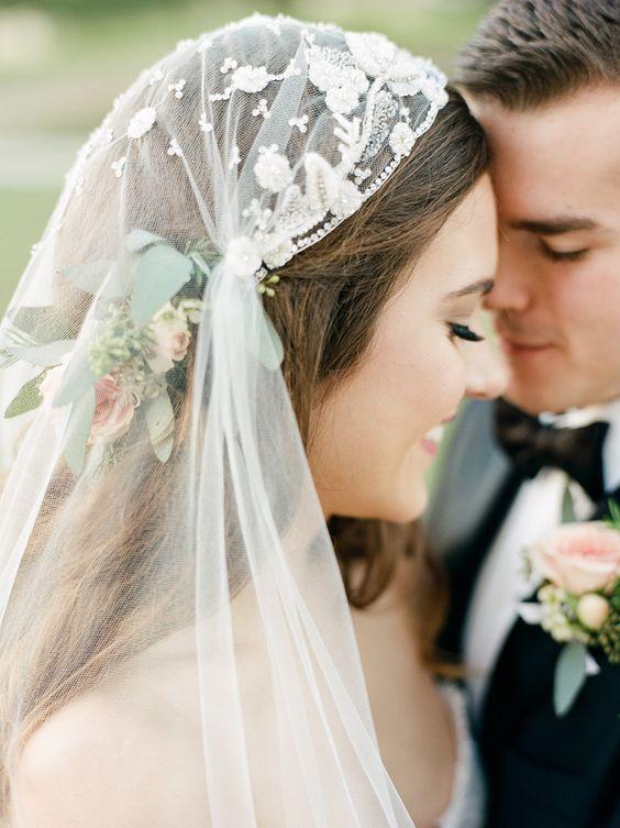 Свадебные прически на средние волосы 2018 (30)