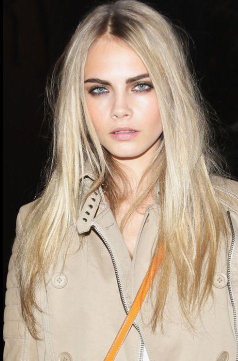 Натуральный светлый цвет волос (32)