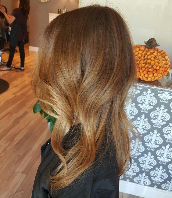 Медово-карамельный цвет волос (50)