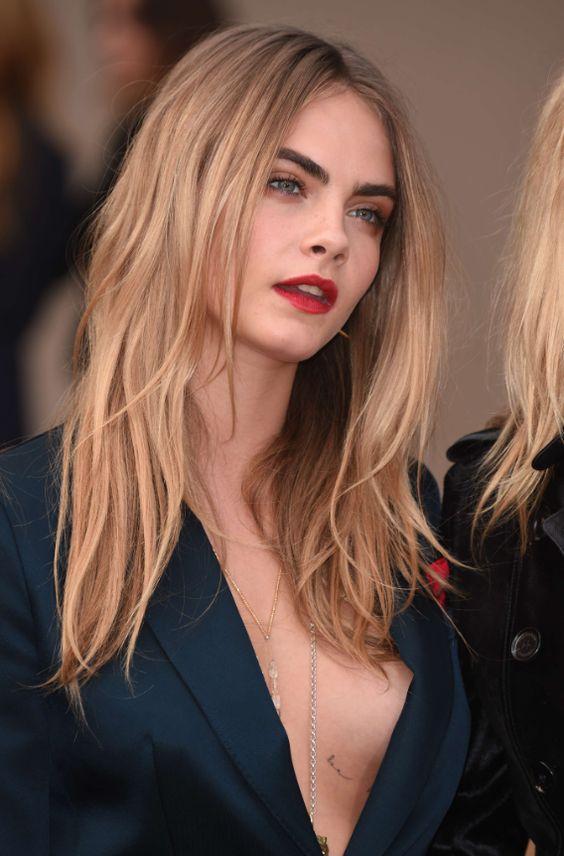 Карамельный блонд цвет волос (48)