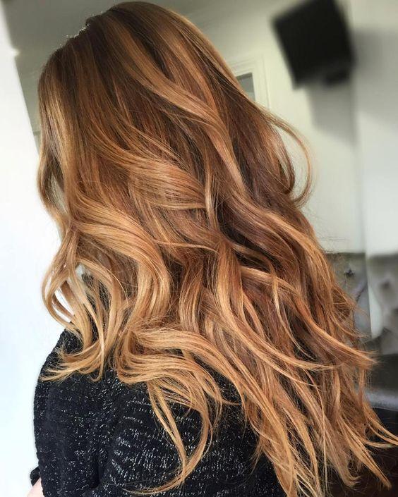Карамельный блонд цвет волос (26)
