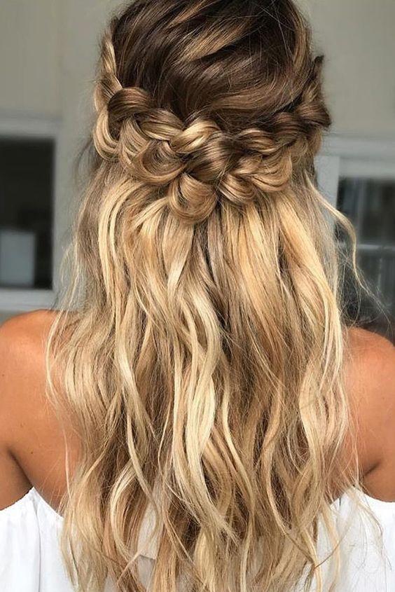 Натуральный светлый цвет волос (36)