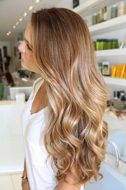 Карамельный блонд цвет волос (13)