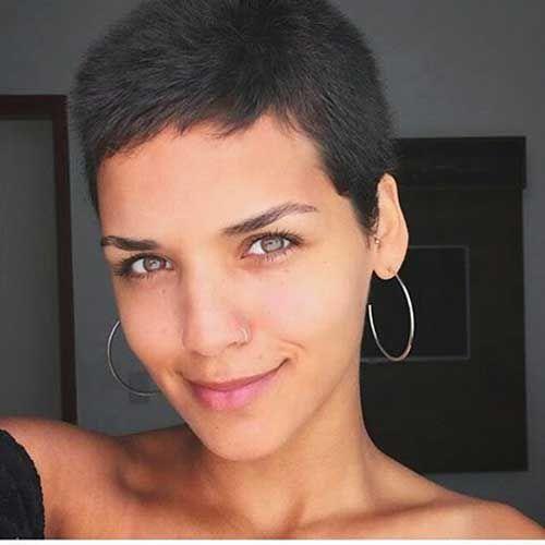 Натуральный черный цвет волос (36)