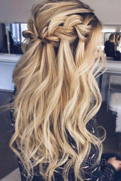 Причёски на выпускной 2019 для длинных волос (26)