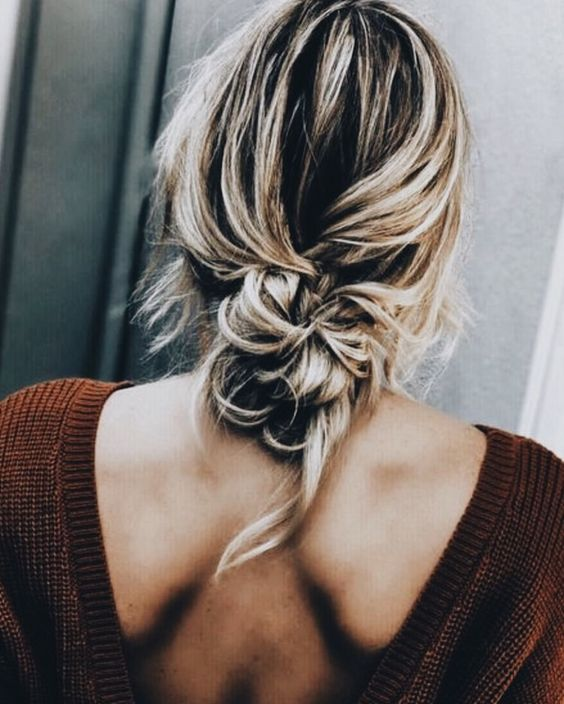 Вечерние причёски 2019 (49)