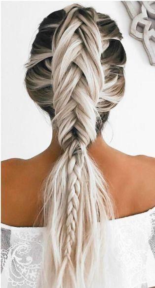 Прически на Новый год 2019 на длинные волосы (29)