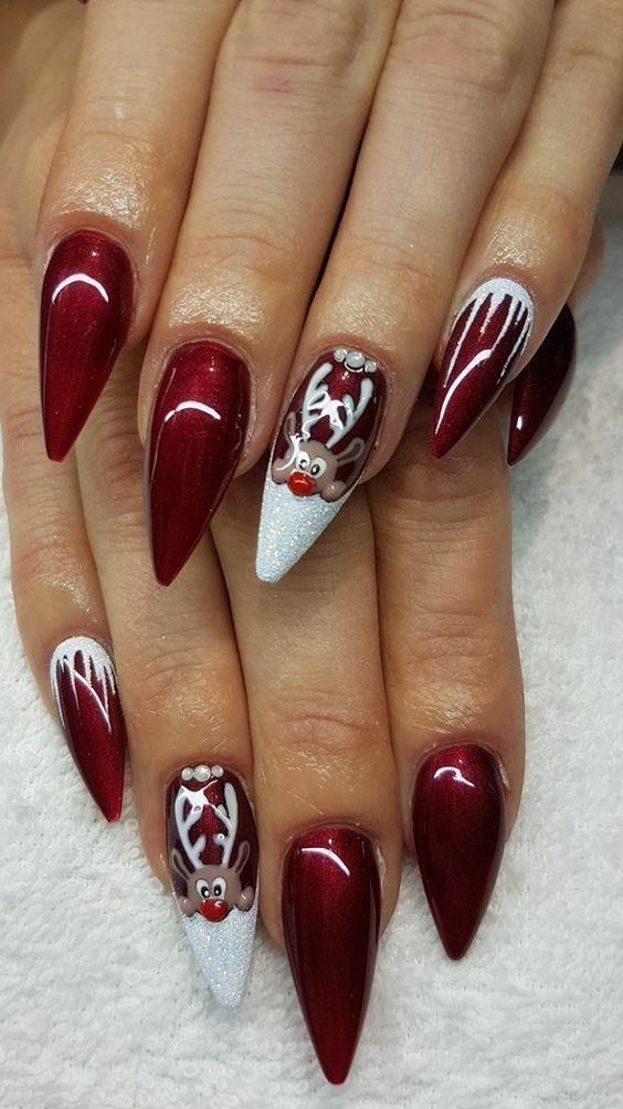 Олень на ногтях (19)