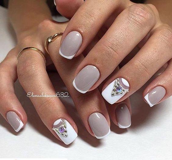 Красивый дизайн ногтей 2019 на короткие ногти (55)