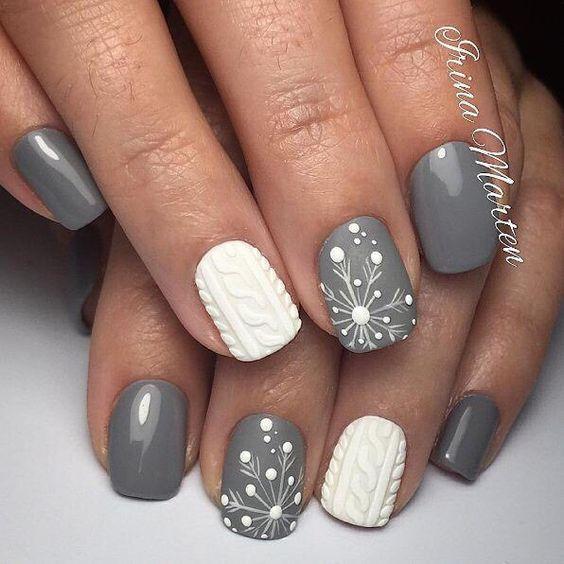 Ногти со снежинками (11)