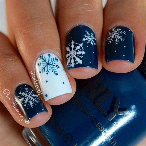 Ногти со снежинками (4)