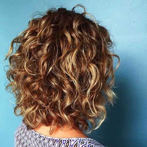 Стрижки на кудрявые волосы 2019 (26)