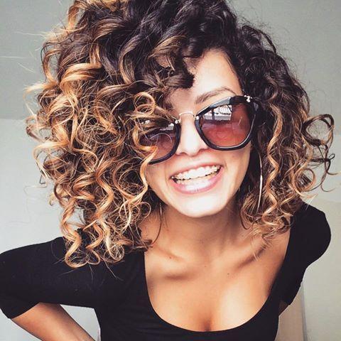 Стрижки на кудрявые волосы 2019 (6)