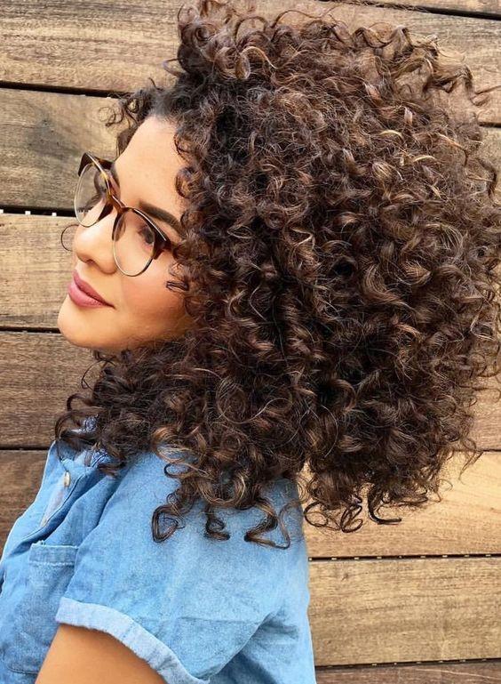 Стрижки на кудрявые волосы 2019 (4)