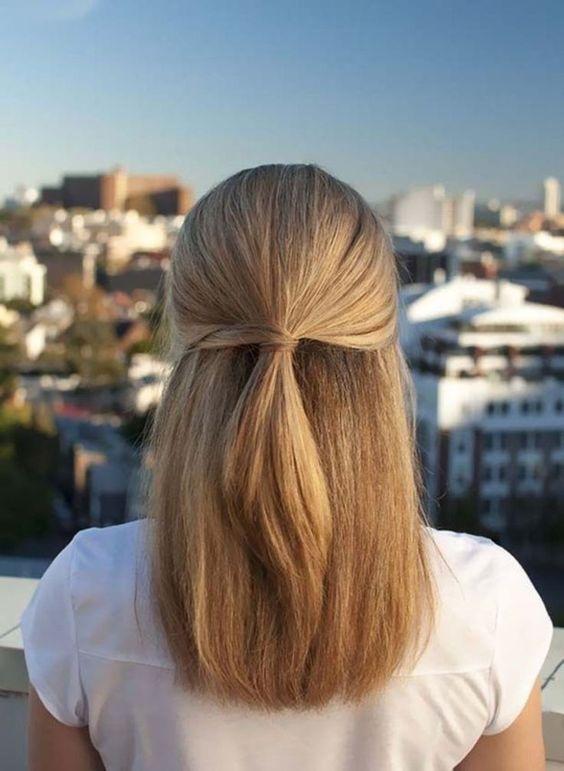 Причёски на выпускной 2021 для средних волос (10)