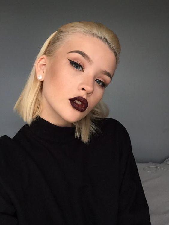 Причёски на выпускной 2019 для коротких волос (23)