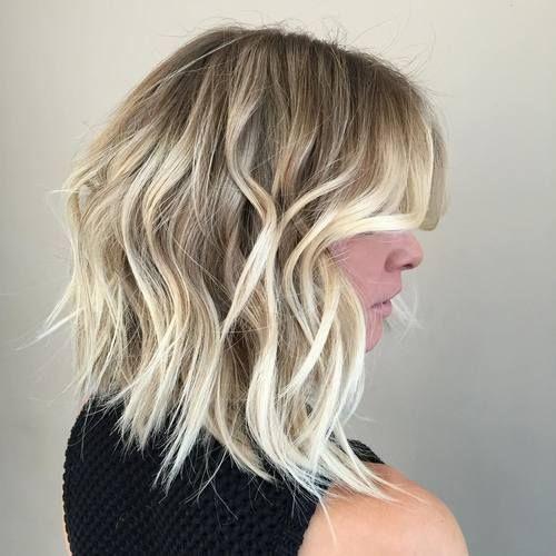 Причёски на выпускной 2019 для средних волос (43)