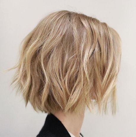 Короткие стрижки Блонд 2019 (31)