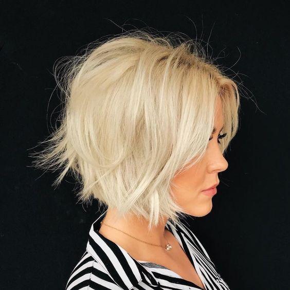Стрижки на на средние волосы 2020 (23)