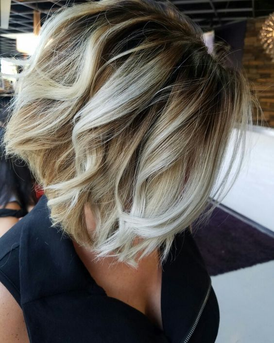 Стрижки на на средние волосы 2020 (13)