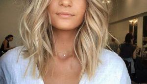 Стрижки на тонкие волосы 2020