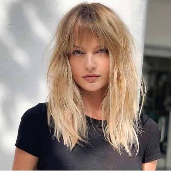 Мелирование на волосы средней длины (37)