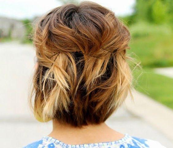 Причёски на выпускной 2020 для средней длины волос (6)